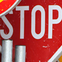 Indicatori segnaletici di sicurezza stradale
